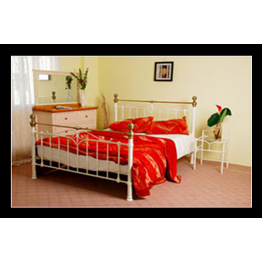 5ft Vicky Metal Bed (Kingsize)